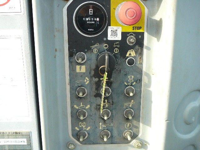 กระเช้าไฟฟ้า GENIE Z30/20N # 11703 สูง 9 เมตร มือสองญี่ปุ่น 0859049669 เก่ง ครับ