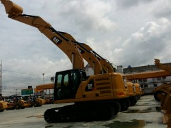 มีรถใหม่ CAT รุ่น 320GC ขาย สนใจติดต่อ คุณ ชลิฎา 081-792-0337
