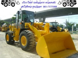 ให้เช่ารถตักล้อยาง พร้อมพนักงานขับภายในโรงงาน สนใจติดต่อ คุณวัลลพ 081-7555888,081-4274888