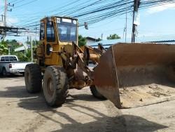 ขายรถตักล้อยาง CAT 920 พร้อมใช้ ติดต่อ คุณวัลลพ 081-7555888