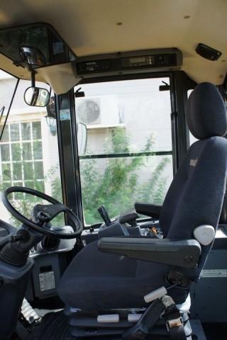 ขายรถตัก WA320-6 ตักได้ 3 คิว ยกสูง 4 เมตร ราคาถูก สนใจติดต่อ 0927826142,034886118