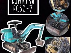 Komatsu PC30-7
