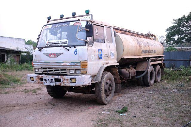 รถบรรทุกน้ำ 10 ล้อ HINO 4476