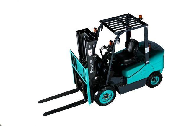 ขาย รถยก Forklift Feeler ใหม่ Diesel 2.5 Ton เครื่องยนต์ Isuzu แบรนด์ไต้หวัน