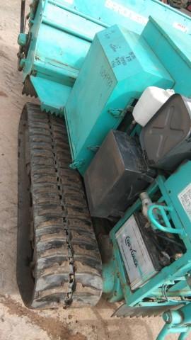 เครื่องตัดหญ้า ถางวัชพืช ชนิดปั่นละเอียด ขับเคลื่อนสายพานสามารถไต่เนินได้ พร้อมใช้งาน