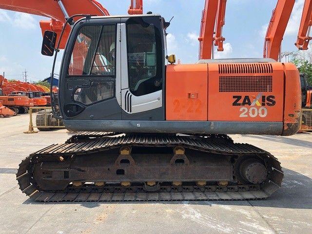 รถขุดมือสอง ยี่ห้อ ฮิตาชิ รุ่น ZX200-3 พร้อมใช้งาน
