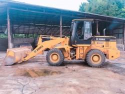 รถตักXGMA XG935 ขนาดกลางหนัก12ตัน เครื่องยนต์ดีเซล รถใช้มา4ปี. สภาพพร้อมใช้งานดีเยี่ยม 650,000 ฿