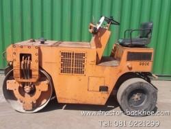 ต้องการ เครื่องยนต์ Kubota ต้องคันนี้ครับ รถบด นั่งขับ หน้าเหล็กหลังยาง sakai