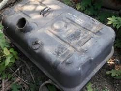 ขาย ถังน้ำมัน รถบรรทุก 300 ลิตร ไม่มีขามา 60x105x50 cm ถูกๆครับ