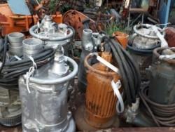 ขาย ปั๊มน้ำ ปั๊มไดโว่ สูบน้ำ ขนาดท่อ 2-3 นิ้ว เก่าญี่ปุ่น ราคาตัวละ 7,500 บาท