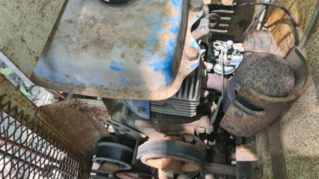 ขาย รถบรรทุกตะขาบ แทรคยาง kawasaki เก่าญี่ปุ่่น บรรทุกได้ 300 kg ลุยที่แฉะ เนินเขา ราคา 16,000 บาท