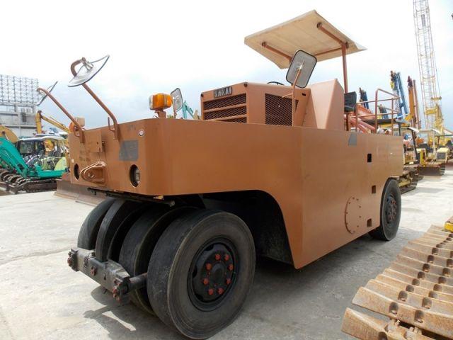ขายรถบดถนนล้อยาง 7 ล้อ SAKAI T600C-50521