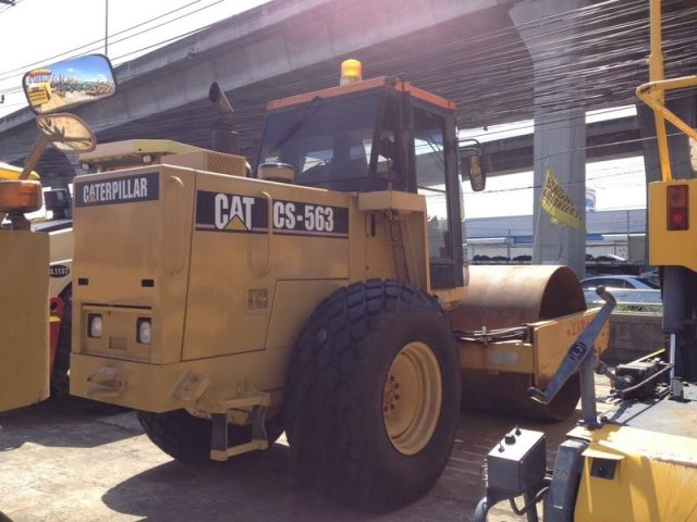 รถบดถนน CAT CS563 7GG00697