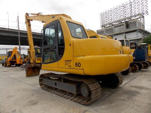 ขายรถแมคโค KOMATSU PC60-7-46027 บูมยาว