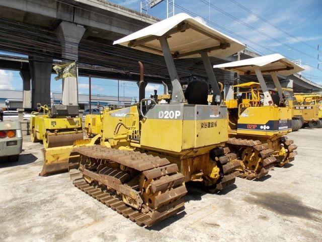 ขายรถแทรคเตอร์ KOMATSU D20P-7-75814 รถนอก..ขายถูก