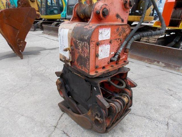 ขายรถแบคโฮ KOMATSU PC60-7E-55441 หัวคีบ นำเข้าจากญี่ปุ่น