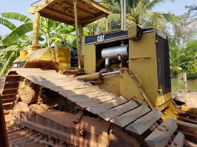 ขายรถแทรคเตอร์ CAT D6M LGP เก่าไทย สภาพพร้อมใช้งาน