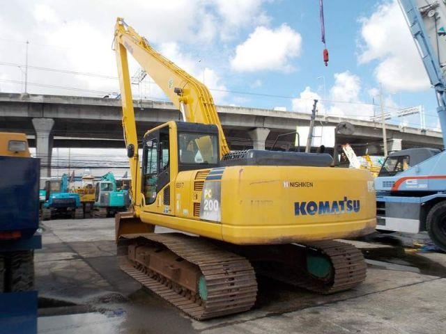 ขายรถแบคโฮบูมยาว KOMATSU PC200-8 รถนอก..ขายถูก