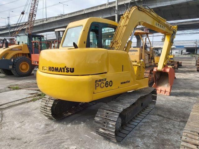 ขายรถแบคโฮ KOMATSU PC60-7 เก่าญี่ปุ่นแท้ สภาพสวยพร้อมใช้งาน