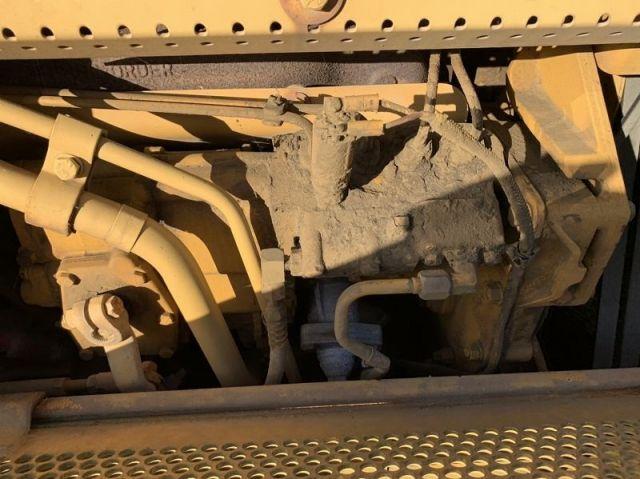 Caterpillar D4H รถแทรคเตอร์ นำเข้าจากญี่ปุ่น โทร. 080-6565422 (หนิง)